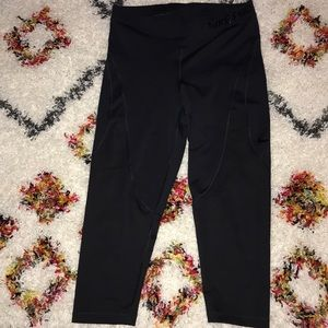 Nike black crop leggings